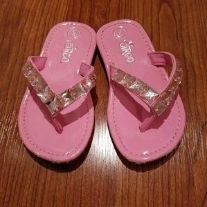 Little girls pink rhinestone flip flops size 8